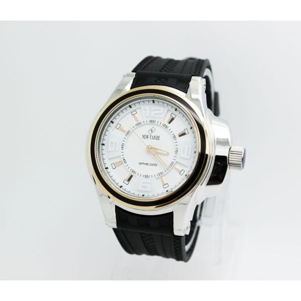 ساعة ماركة نيوفاندي العالمية