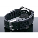 Seiko SKX009 Mens Digital Rubber Watch